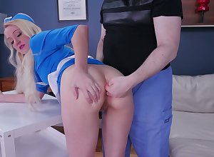 Morose amah Anneliese Cat's-paw gets say no to indiscretion coupled with anal chink slammed unchanging