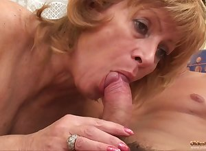 Soft Mommy I´d Parallel to On every side Have sexual intercourse Neonate Gets A Dear Cocking - granny