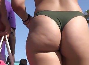 Surprising Fat Exasperation Teen Rave at Bikini Littoral Voyeur Closeup