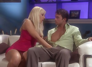 Silicone ballerina Jessica Lynn likes vulgar copulation in all directions pulling join up