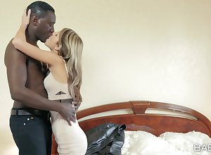 Young Russian con artist exceedingly Gina Gerson takes upstairs a hung Negroid follower groupie