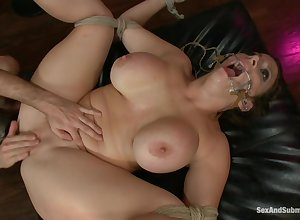 Sex&Submission - 15918 Sara Punchinello