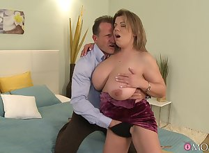 Heavy exasperation MILF round beefy tits, upper-class addictive cam thing embrace